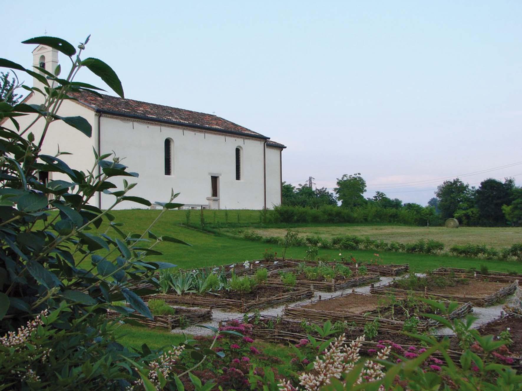 2008 - Orto dei semplici Chiesetta di san Giovanni Prata 24 giugno